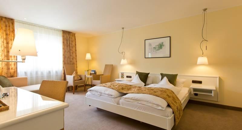 deutscher hof trier in trier de beste aanbiedingen. Black Bedroom Furniture Sets. Home Design Ideas
