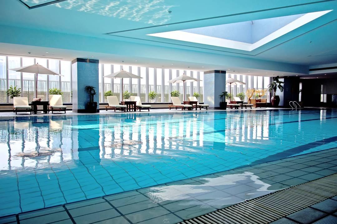 Een Hotel Met Zwembad Maakt Jullie Vakantie Helemaal Af