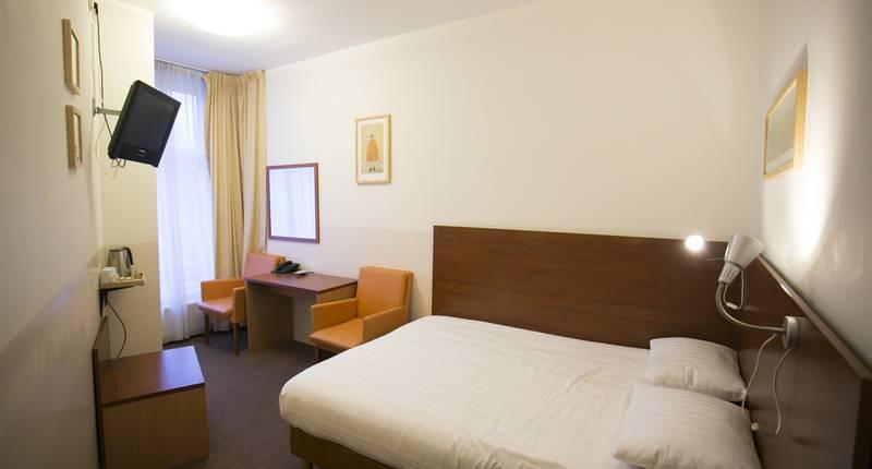 quentin amsterdam hotel in amsterdam de beste aanbiedingen. Black Bedroom Furniture Sets. Home Design Ideas